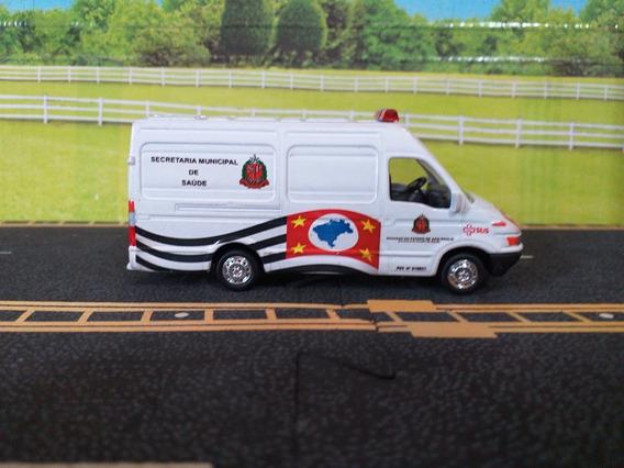 Miniatura Van Iveco 1/64 Grell Ambulância Sec.saúde Sp Leia