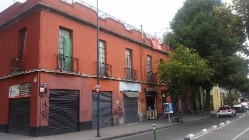 Centro Histórico: Edificio Con Uso Mixto En Venta