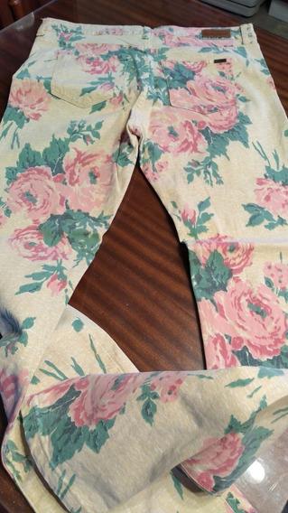 Pantalon Materia Floreado T Medium