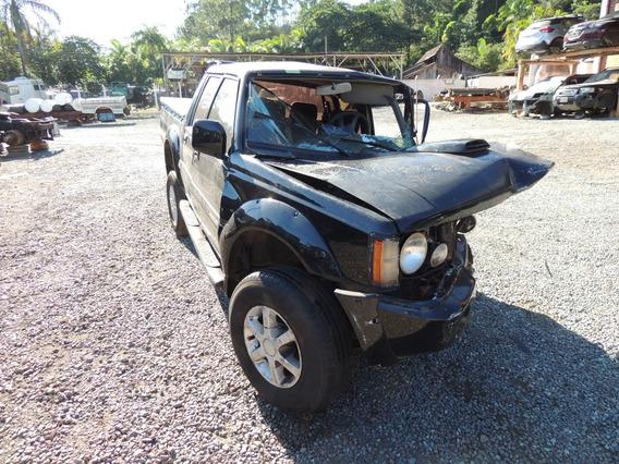 Sucata L200 4x4 Gls 2001/2002 Para Venda De Peças