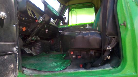 Volqueta Sencilla Dodge Color Verde