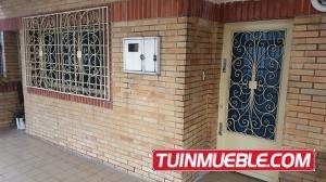 18-8665 Andrés Meneses Alquila Oficina En Mariperez