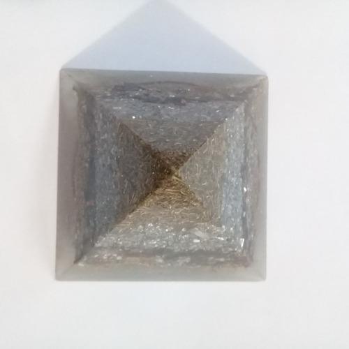 Imagen 1 de 4 de Pirámides De Orgon