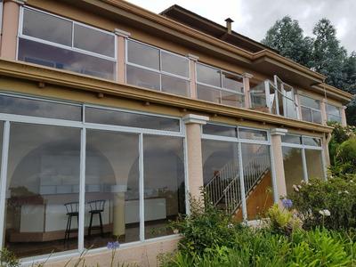 Se Vende Casa En Residencial Privado, Carrizal, Alajuela