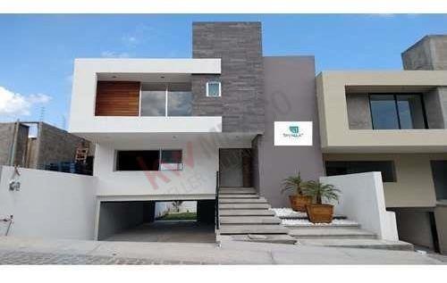 Casa En Venta En Cumbres Del Lago Juriquilla, Querétaro