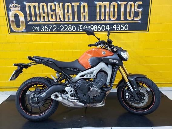 Yamaha Mt 09 - Laranja - 2016 - Km 12. 000