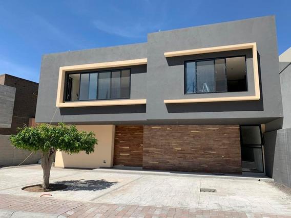 Casa En Venta En Ampliacion Huertas Del Carmen, Corregidora, Rah-mx-20-446