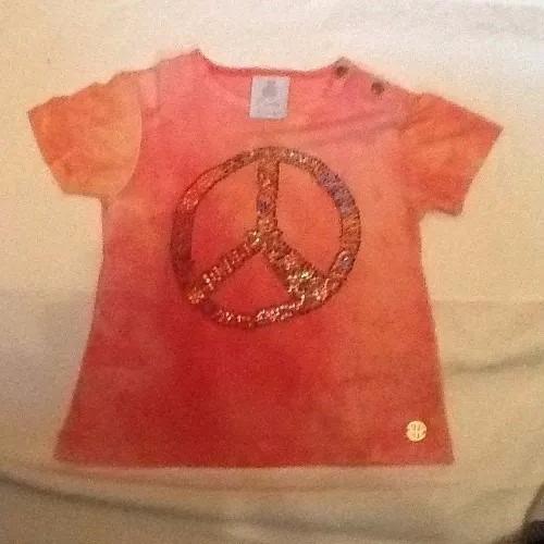 Camiseta Com Simbolo Da Paz Paola Bimbi Tam G