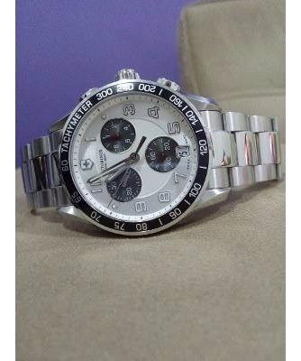 Relógio Victorinox Swiss Army Chrono Classic Mod. 241495