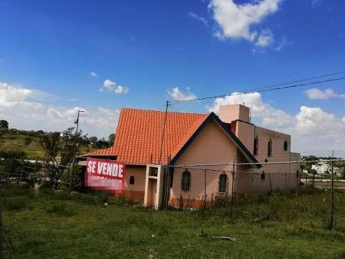 Casa Muy Grande, Afuera De Lomas De Angelópolis, Recámara En Planta Baja Con Jacuzzi.