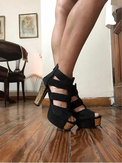 Sandalias De Fiesta Importadas Negras Y Doradas
