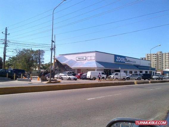 Se Vende Gran Local Comercial En La Av. Principal Las Delici