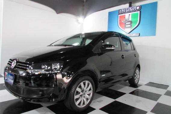 Volkswagen Fox 2013 1.0 8v 4p Menos Ar