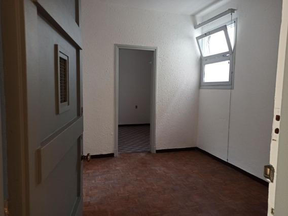 Apartamento De Dos Dormitorios Parque Rodo