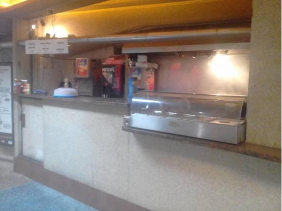 Fondo De Comercio En Venta Univ. Santa Maria/pc 04127233434