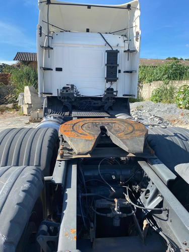 Scania P330. 6 X 2