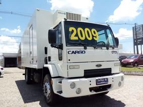 Ford Cargo 1717e (4x2) 2p 2009 (opção: Entrada + Consó