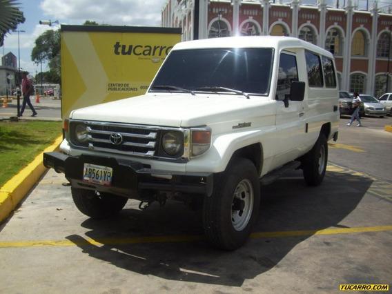 Toyota Macho Land Cruiser
