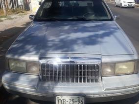 Lincoln Town Car 1993