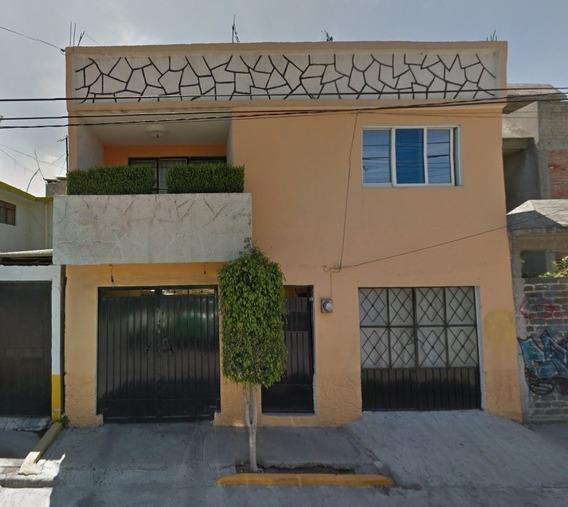 Remate Bancario Amplia Casa 2 Niveles En Ecatepec!