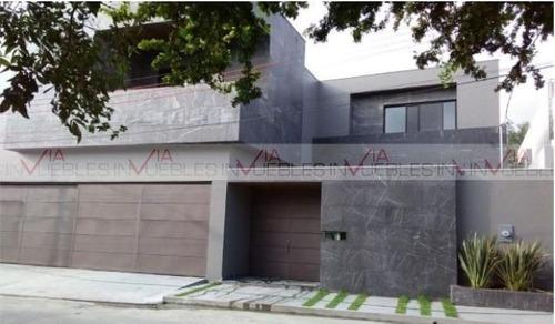 Casas En Venta En Del Valle, San Pedro Garza García, Nuevo León