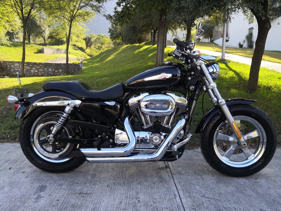Harley Davidson Sportster Custom 1200