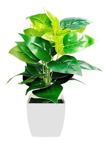 Planta Con Maceta De Plastico Flor Artificial