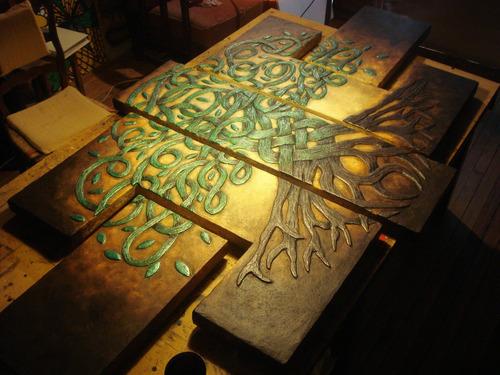 Cuadro Tallado En Relieve Poliptico Triptico Árbol Celta