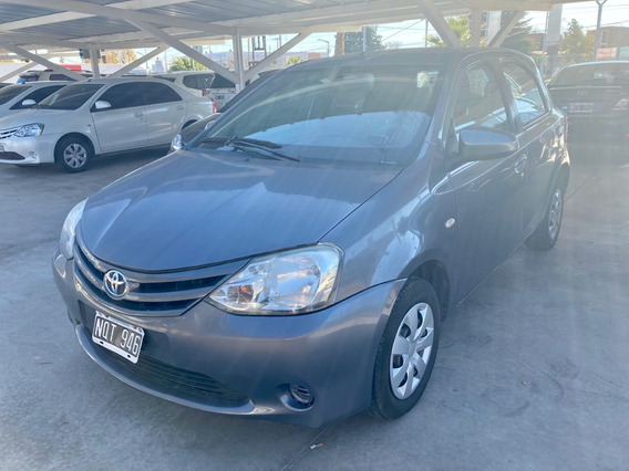 Toyota Etios 1.5 5p Xs 2014