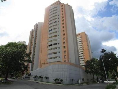 Apartamento En Venta En Chelsea Court. Altos Del Parral.ij