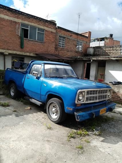 Dodge D 100