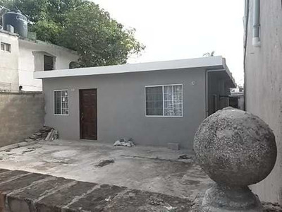 Casa En Venta En Cd. Madero Col. Hipódromo Calle Necaxa