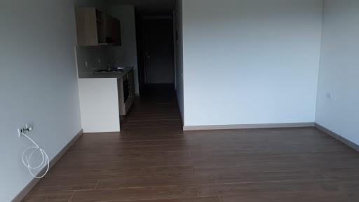 Apartaestudio En Arriendo Loma Del Escobero 473-7407