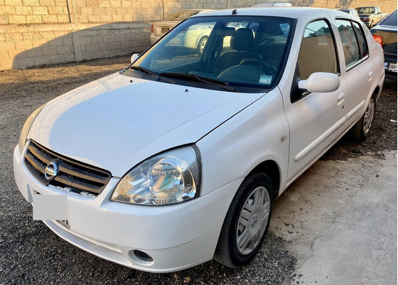 Nissan Platina 1.6 K Plus At 2006