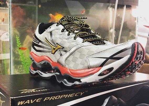 Tênis Mizuno Wave Prophecy 2