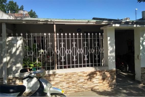 Casa En Alquiler A Dos Cuadras De Ruta A009 - Rqta