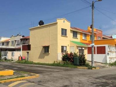 Casa En Renta Amueblada En El Fraccionamiento Siglo Xxi Casas Diaz, Veracruz, Veracruz
