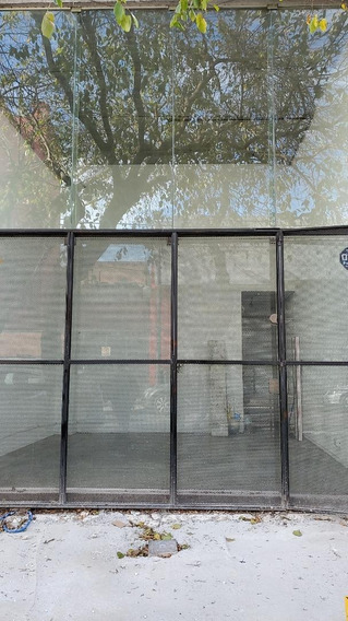 Aguirre Al 1017. Local Excelente Estado Vidriera 1 Baño