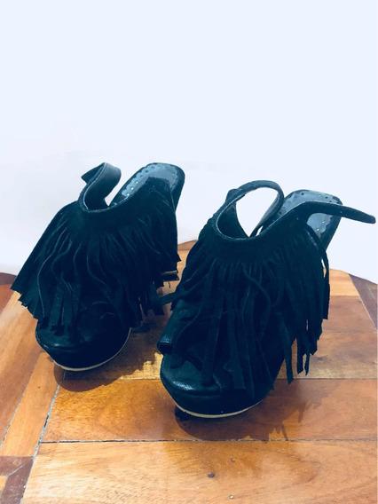 Zapatos Con Flecos Negros De Plataforma