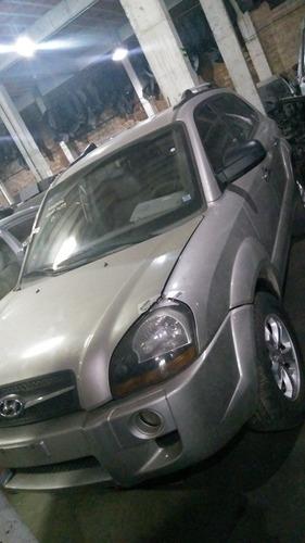 Imagem 1 de 2 de Sucata Hyundai Tucson Retirada De Peças