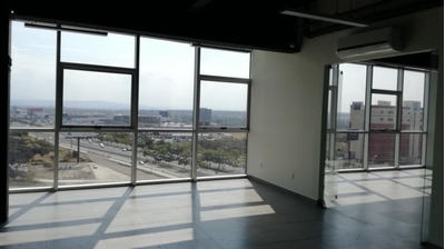 Oficina De 90m2, Con Servicios Incluidos. Wtc Querétaro!