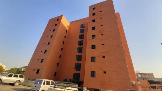 Apartamento En Venta Al Este 21-6313 Renta House Carlina Montes