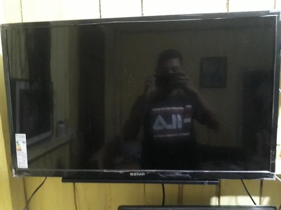 Tv Semp 32 Polegadas, Semi Nova, Usada 3 Vezes