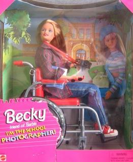 Barbie Becky Soy La Fotógrafa De La Escuela
