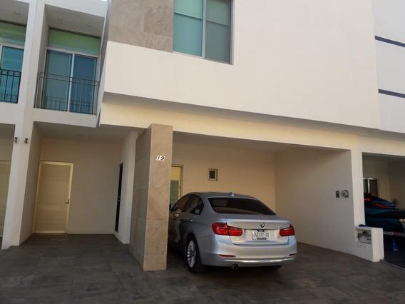Casa De 4 Recámaras, 3 Baños, En Manzanillo, Colima