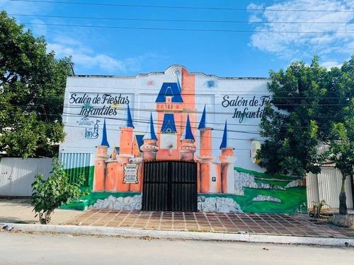 Local Comercial En Renta Sobre Avenida Juarez En Playa Del Carmen