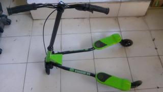 Yvolution Y Fliker F1 Niños Scooter, Verde