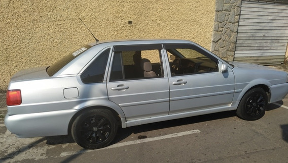 Volkswagen Santana 1.8 4p Gasolina 2001