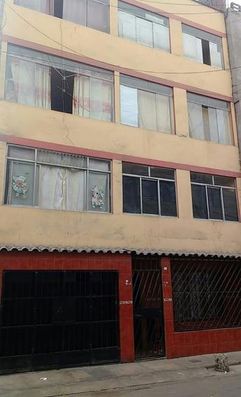 Casa De 5pisos,20 Dormitorios, Una Cochera, 6 Baños, Etc