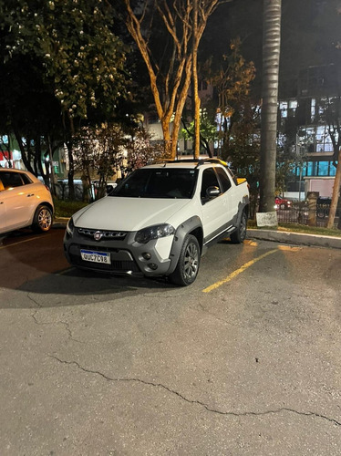 Imagem 1 de 6 de Fiat Strada 2019 1.8 16v Adventure Cab. Dupla Flex 3p